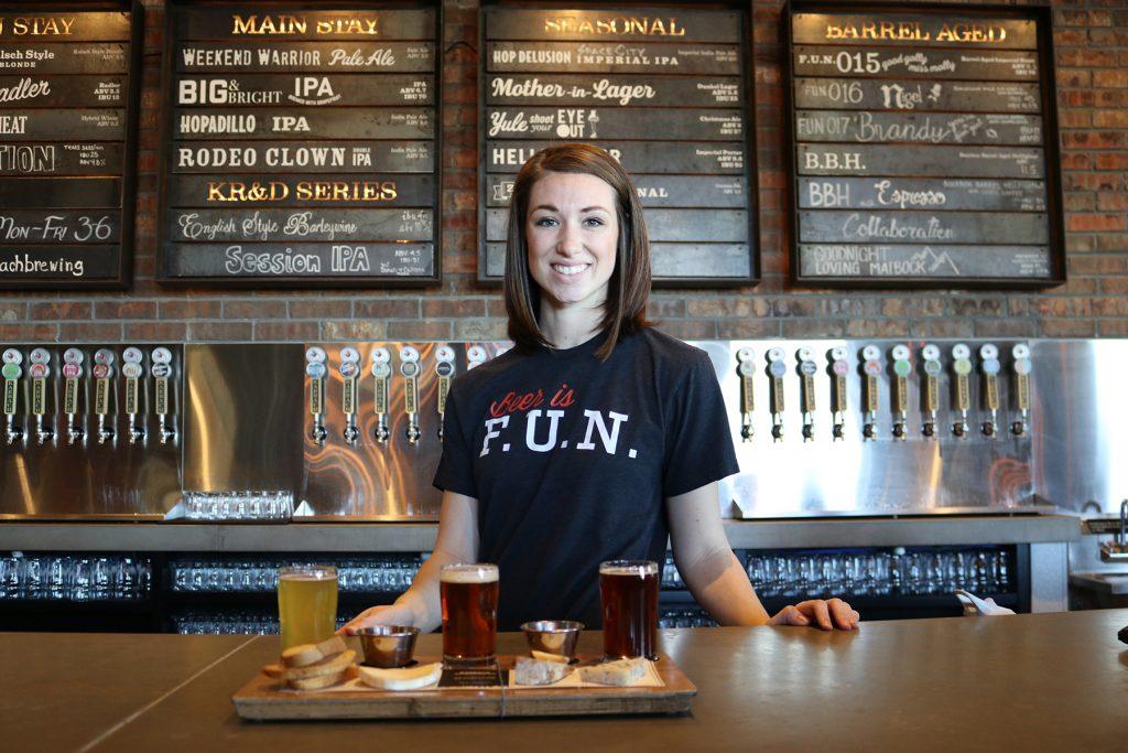 restaurant woman smile beer